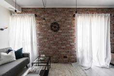 This industrial modern apartment was designed in 2017 by Aida Šniraitė—owner of design studio Authentic Interior. Interior Design Colleges, Interior Design Studio, Interior Design Services, Modern Interior Design, Small Furniture, Furniture Layout, Interior Walls, Interior And Exterior, Living Room Modern