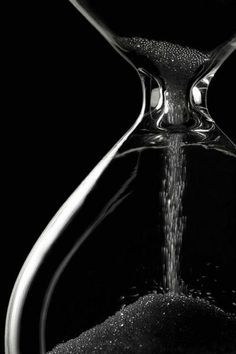 Hourglass ~ In Black