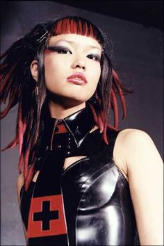 Hair Styles World: Women Hairstyles: Gothic Hairstyles - Goth Hairstyles Gothic Hairstyles, Cool Hairstyles, Alternative Outfits, Alternative Fashion, Chicas Punk Rock, Pretty People, Beautiful People, Japonese Girl, Goth Hair