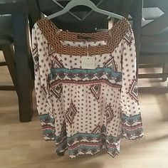 Blu Pepper tunic dress size lg, Nwt! Blu Pepper tunic dress size lg, Nwt, bought but doesn't fit me! It's Sooo cute! My loss your gain! Excellent condition! Blu Pepper  Dresses