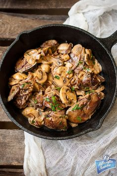 Chicken Livers With Mushrooms /Wątróbka z kurczaka z pieczarkami