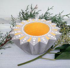 Deko-Objekte - Kerzenständer Beton zackig, Beton Deko Objekt - ein Designerstück von KIMAMA-design-Andrea-Abraham bei DaWanda