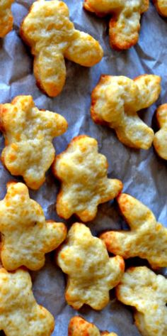 "Homemade Parmesan Crackers - ditch the ""fish"" crackers and try this healthier homemade version."