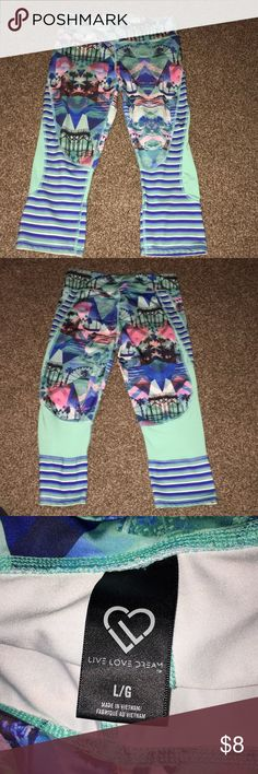 Workout capris Aeropostale workout capris.  Great condition.  Size L. Nothing wrong with them. Aeropostale Pants Capris