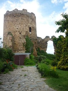 Castillo. Palacios de la Valduerna