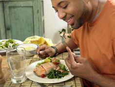 Can Foods Increase Testosterone Levels in Men? Studies show - YES!!!