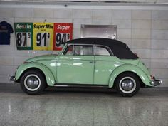 Beetle Bug, Vw Beetles, Vw Cabrio, Vw Beetle Convertible, Volkswagen Bus, Old Cars, Volvo, Hot Wheels, Classic Cars