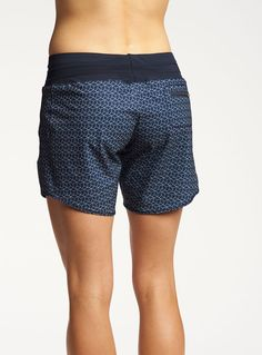 LONG running shorts – Oiselle The post LONG running shorts – Oiselle appeared first on Decoratings. Crossfit Shorts, Crossfit Clothes, Running Shorts, Gym Clothing, Running Clothing, Best Running Gear, Running Day, Running Women, Jogging