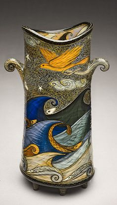 adore the work of this artist, Terri Kern. She gives such time and attention to detail in painting (chiefly with underglaze) and carving (sgraffito) her vessels. Sculptural Ceramic Vessel with Yellow Bird and Vivid Blue Waves by Terri Kern Kintsugi, Glass Ceramic, Ceramic Clay, Pottery Vase, Ceramic Pottery, Sculpture Textile, Sgraffito, Mellow Yellow, Clay Art