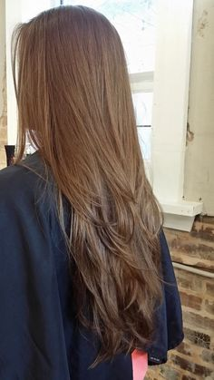 33 Adorable Dyed Hair Ideas For Brunettes To Try Asap Long Layered Hair Straight adorable ASAP brunettes Dyed Hair ideas layersforlonghair Haircuts Straight Hair, Long Hair Cuts, Haircut Long, Long Layered Hair, Layered Lob, Hair Long Layers, Haircuts For Long Hair With Layers, Lob Hairstyle, Dream Hair