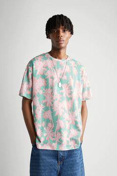 PALM TREE PRINT T-SHIRT | ZARA India Palm Tree Print, Palm Trees, Zara United States, Mens Tees, Neck T Shirt, Short Sleeves, Men Casual, Button Down Shirt, Shirts
