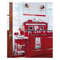 6 Mind Blowing Diy Ideas: Vintage Home Decor Style vintage home decor farmhouse barn doors.Vintage Home Decor On A Budget Shabby Chic vintage home decor living room tvs.Vintage Home Decor Kitchen Plate Racks. Red Kitchen Decor, Vintage Kitchen Decor, Retro Home Decor, Kitchen Ideas, Kitchen Designs, Kitchen Tools, Kitchen Gadgets, 1950s Decor, Kitchen Chairs