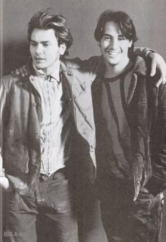 River Phoenix and Keanu Reeves. They were best friends, always interrupting each other to finish the other's thought