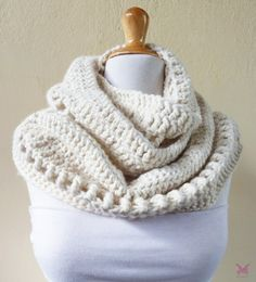 Infinity scarf OFF-WHITE Wool blend crochet cowl scarf Deluxe