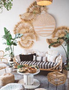 29 Inspiring Bohemian Living Room Ideas For Your Home Bohemian Living, Boho Living Room, Living Room Decor, Bohemian Style, Modern Bohemian, Rustic Modern, Hippie Boho, Living Rooms, Boho Chic