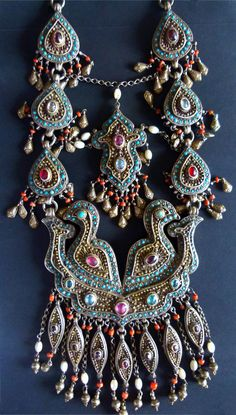 Uzbekistan | Silver, silver gilt, turquoise, coral, mother of pearl, stone |©Bianca Maggi