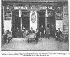 """Café """"La Granja del Henar"""", C/ Alcalá (Madrid), hoy se alza en su lugar el Ministerio de Educación. Los miembros de la Generación del 27, participaron en las tertulias artísticas y literarias de este establecimiento. Lorca presentó Altolaguirre a Concha Méndez. Aleixandre conoció a Guillén """"la primera vez que lo ví no fue en la abierta mesa ni en un jardín..."""" en """"Los encuentros"""" de Vicente Aleixandre (1958)."""