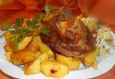 Sörös csülök burgonyával, házi csalamádéval Pot Roast, Ale, Pork, Food And Drink, Meat, Chicken, Ethnic Recipes, Red Peppers, Carne Asada