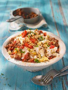 Yogurtlu Eriste - Nudelgericht mit Hack, Zwiebeln und Paprika