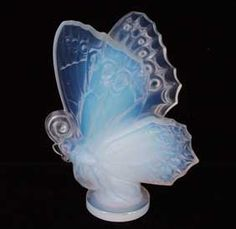 Sabino Opalescent Butterfly Paperweight Signed. ca. 1930-40.