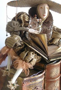 Reader Dolls by Lada Repina