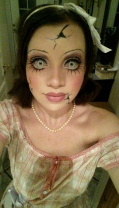 Great halloween make up Agreat look inspiration for a zombie bride