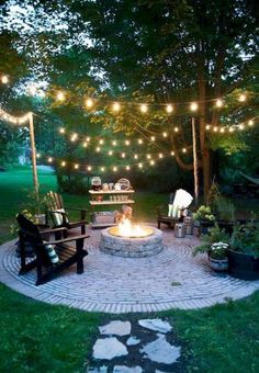Diy fire pit ideas and backyard seating area (37)