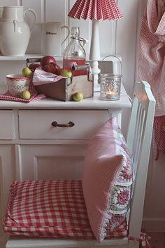 side seat in kitchen