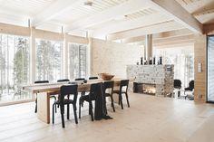 & is more& – skandinavisk enkelhet i den finska skogen Dream Home Design, House Design, Backyard Office, Cozy Fireplace, Cabin Homes, Beautiful Interiors, Small Living, Designers Guild, Furniture Design