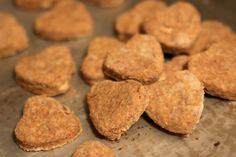 HEALTHY, ORGANIC DOG TREATS YOU CAN MAKE AT HOME
