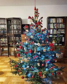 Všem přeji krásné a pohodové Vánoce. A hodně štěstí a hlavně zdraví... #christmas #christmastree Christmas Tree, Holiday Decor, Instagram, Home Decor, Teal Christmas Tree, Decoration Home, Room Decor, Xmas Trees, Christmas Trees