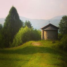 Cappella Prato Bello Cimadera Lugano - Vedi la foto di Instagram di @mb68 • Piace a 1 persona