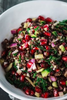 Power Brown Lentil Salad with Pomegranates and Swiss Chard: It's time for a power salad, everyone! This brown lentil salad recipe with pomegranates and Swiss chard is exactly that–powerful! Whole Food Recipes, Diet Recipes, Vegetarian Recipes, Cooking Recipes, Healthy Recipes, Wild Rice Recipes, Easy Recipes, Lentil Salad Recipes, Mediterranean Dishes