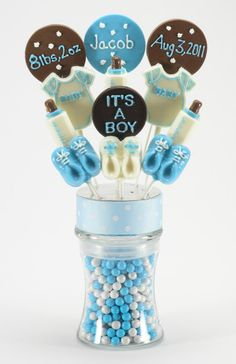Welcome the arrival of the new baby boy with our adorable chocolate lollipop arrangement.    $62.99    #chocolate #arrangement #newbaby