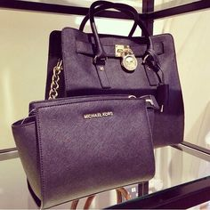 f90552e657 Michael Kors Hamilton Tote   Michael Kors Outlet  Welcome to Michael Kors  Outlet Online Fashional michael kors handbgs michael kors purses and michael  kors ...