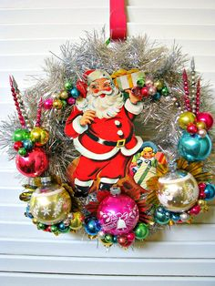SANTA~Vintage Santa Kitsch Christmas Wreath