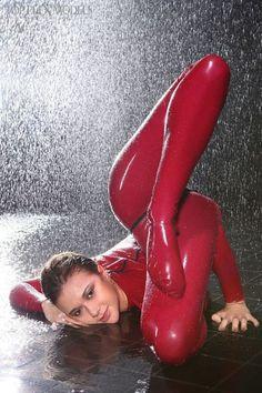 Nyomi oiled pussy pics