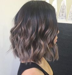 New hair balayage ashy long bobs ideas Pixie Cut Blond, Short Wavy Hair, Straight Wavy Hair, Wavy Lob, Short Ombre, Cabelo Ombre Hair, Ash Balayage, Hair Color And Cut, Short Hairstyles For Women