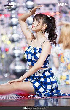 K-Pop Babe Pics – Photos of every single female singer in Korean Pop Music (K-Pop) Nayeon, Kpop Girl Groups, Korean Girl Groups, Kpop Girls, Sana Momo, Myoui Mina, Dahyun, Stage Outfits, Dance The Night Away