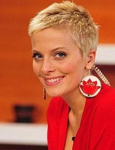 """Résultat de recherche d'images pour """"short grey hair"""""""