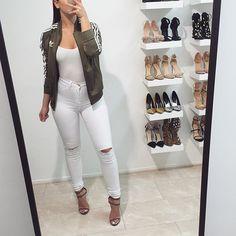 Adidas   #ootd  Jeans from @fashionnova use my discount code xodenisexo #fashionnova