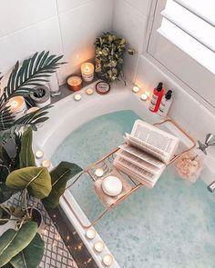 decor grey and yellow decor ensuite decor design ideas decor home depot decor navy decor quilt to bathroom decor decor diy Entspannendes Bad, Decoration Gris, Long Bath, Interior And Exterior, Interior Design, Dream Bath, Relaxing Bath, Aesthetic Rooms, Beige Aesthetic