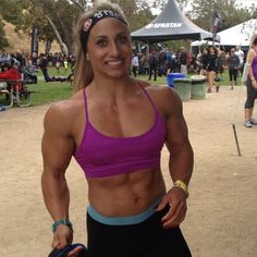 Shannon courtney female fitness and power there is both beauty and