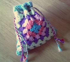 Last-Minute Granny Square Gifts - 6 Charming Projects to Make from 1 or 2 Squares