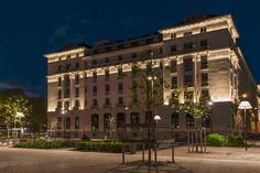 Immeuble Lugdunum, Lyon. Maître d'Ouvrage : Sogelym Dixence. Architecte : Pierre Lombard. Bureau d'étude : HTC Ingénierie. Concepteur lumière : Les Eclaireurs, Lucas Goy. © FLUX