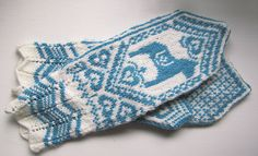 Dala Selbu Hybrid mittens by Wenche Roald knit in Palette White and Whirlpool