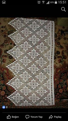 Crochet lace edging with point Filet Crochet, Crochet Doily Diagram, Crochet Lace Edging, Crochet Borders, Crochet Squares, Hand Crochet, Crochet Curtain Pattern, Crochet Curtains, Crochet Edgings