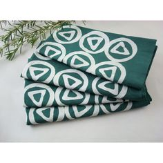 Teal Cloth Napkins, Batik Napkins, Green Napkins, Set of Four, Teal... ($36) ❤ liked on Polyvore featuring home, kitchen & dining, table linens, green table linens, green napkins, cloth table linens, cloth napkins and cloth table napkins