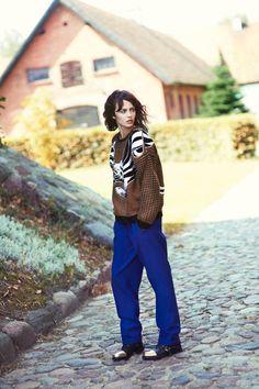 bold knit/blue trs/brogues