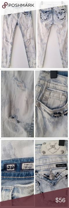 """Miss Me Skinny Jean Distressed Signature Lt wash Miss Me Skinny Jean Distressed Signature Light Wash Embellished. Tagged size 28 but please see measurements to ensure a proper fit. Measured flat unstretched.  Waist 14"""" hips 18"""" inseam 30"""" Miss Me Jeans Skinny"""